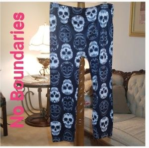 No Boundaries Skull Leggings